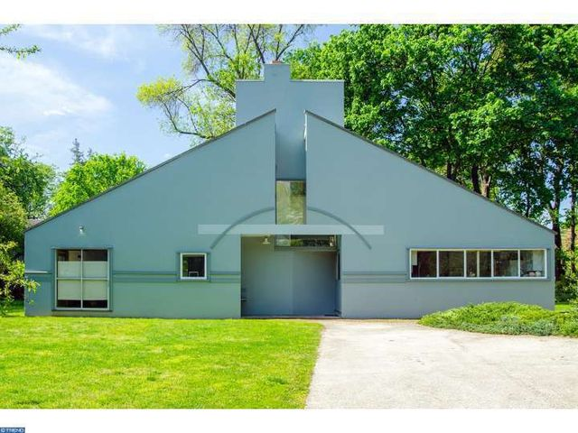 Vanna Venturi house 002